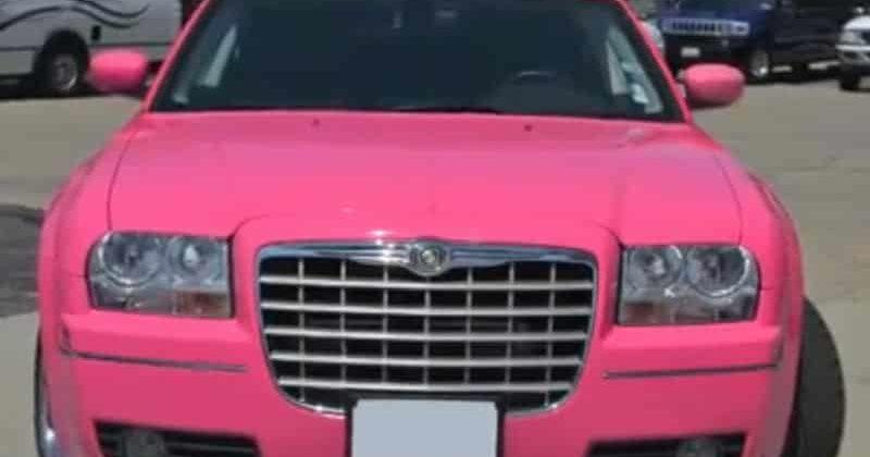 Location limousine Amnéville * Chrysler 300C Pink